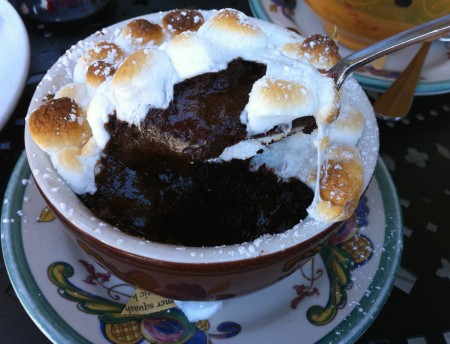 pic taken from dessertdarling.com ... I obviously need to go back to try this! Chocolate Chaud  with Marshmallows <3 ( pic taken from www.foodspotting.com )